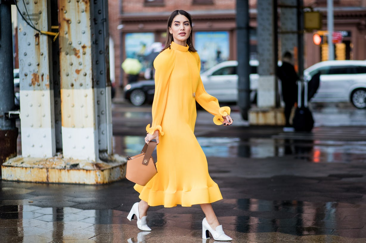 Yes, Petites Can Wear Maxi Dresses — Here Are The Best Ones For Your Frame