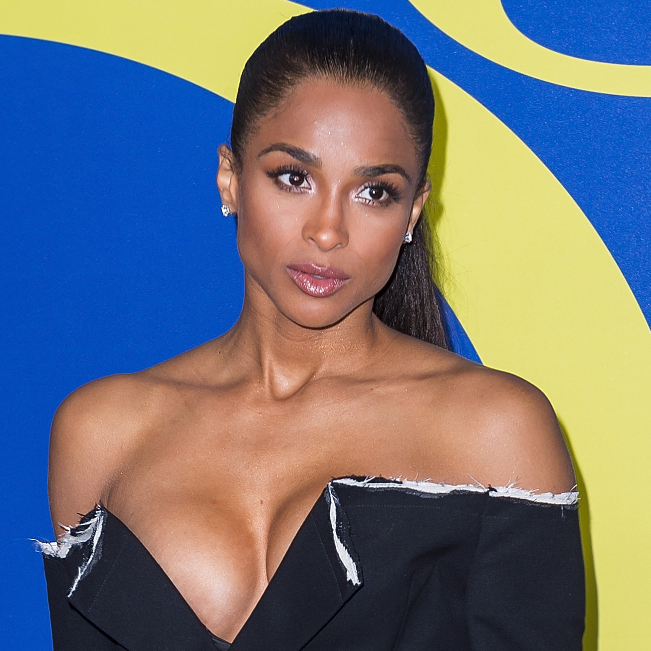Ciara Debuted <em>Another</em> New Hair Color & It's As Summery As It Gets