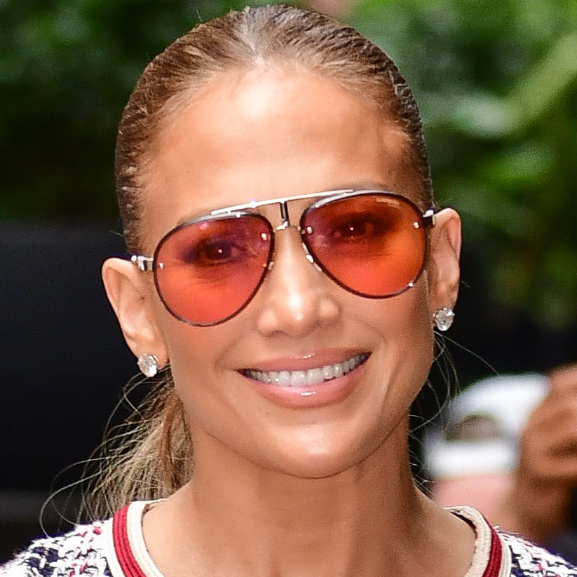 This Iconic J.Lo Hairstyle From 1995 Is Trending Again