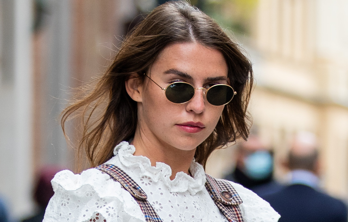 This Romantic Summer Trend Looks So Good With Jeans